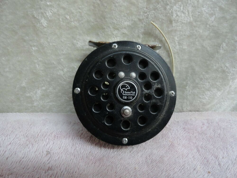 Fly fishing reel gamefish rm 110 japan ebay for Fly fishing reels ebay