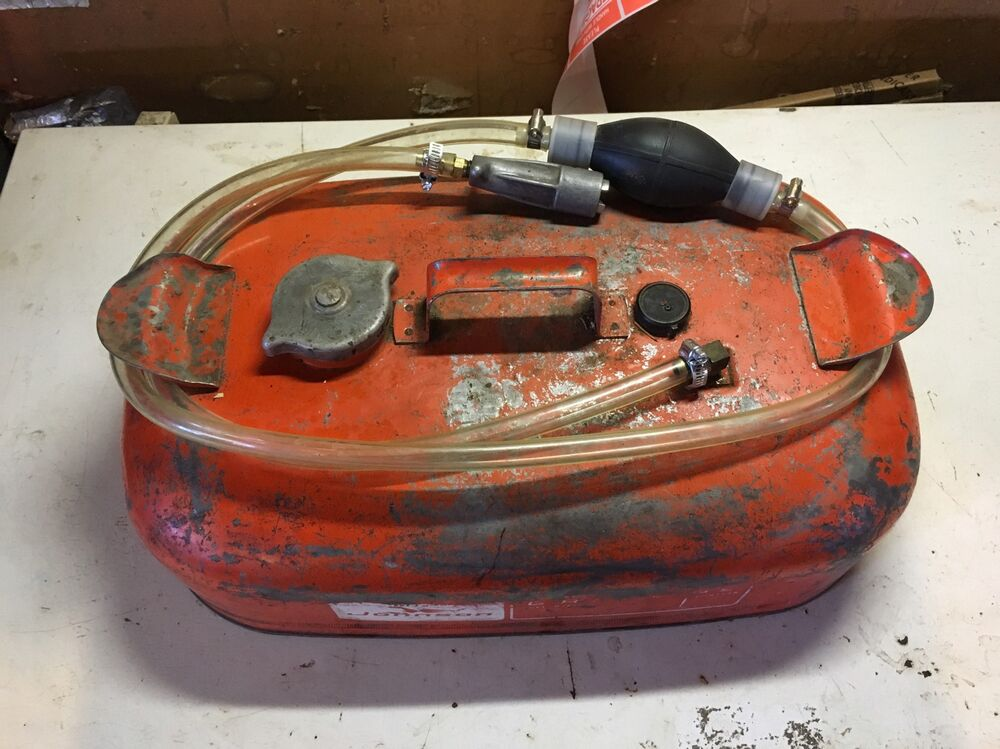 Johnson small gas fuel tank outboard boat johnson omc can for Outboard motor gas tank hose