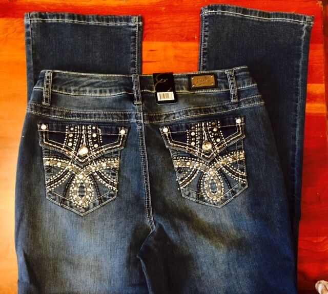 Bootcut Jeans Womens