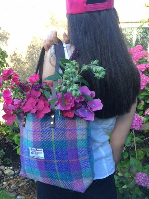 b1f861d933 Purple Harris tweed bag purse tartan bag women s gift for her Scottish  709872601284
