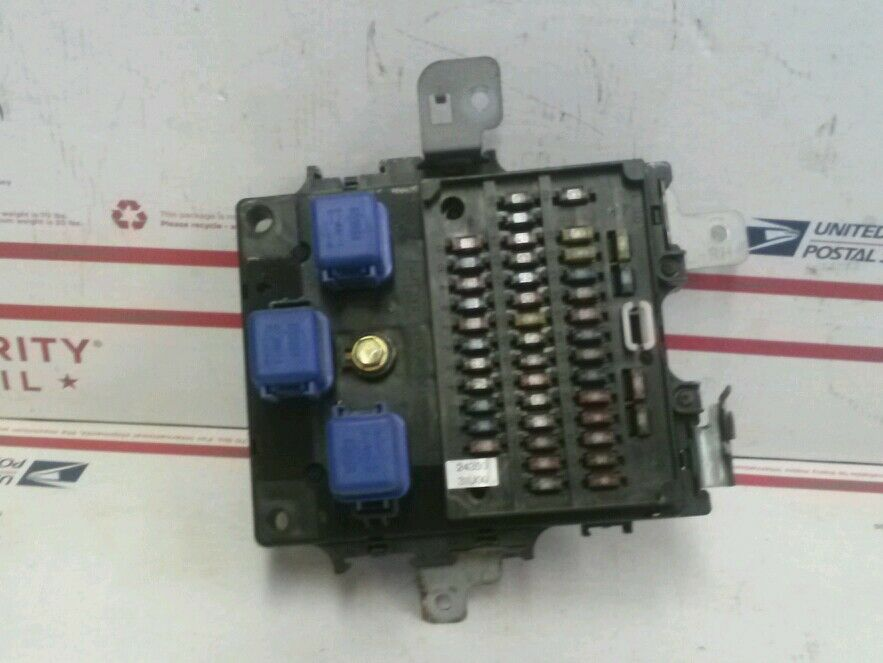 95 1995 Nissan Maxima Oem Indash Fuse Box With Fuses And Relays Rhebay: Fuse Box 24350 95 Nissan Maxima At Elf-jo.com