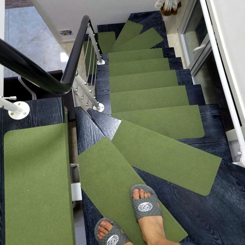 Fantastic home staircase floor carpet stair mats safety for Durable carpet for stairs