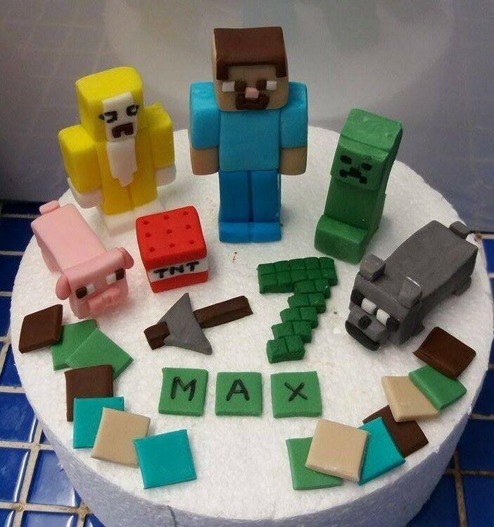 Cake Toppers Minecraft Uk : 100% edible handmade unofficial Minecraft cake topper ...