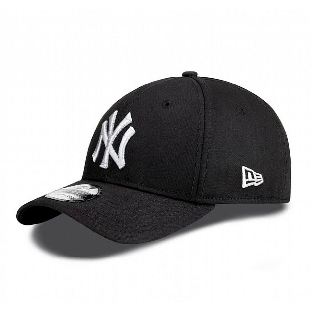Details about NEW ERA New Black New York Yankees Cap Classic 39Thirty Yankees  Cap BNWT 6816942203e