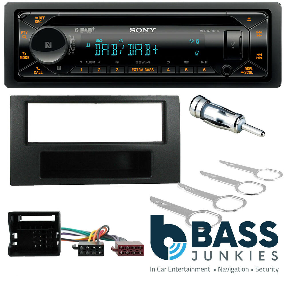 ford kuga   sony dab cd mp usb aux  bluetooth car