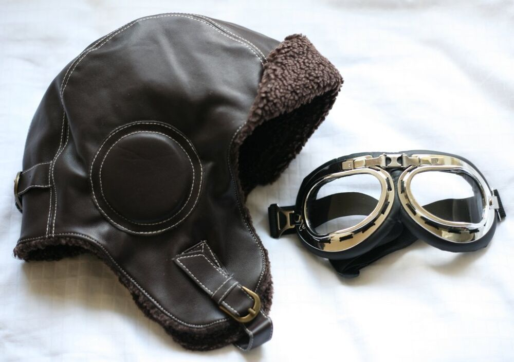 Biggles Leather Flying Helmet  INC GOGGLES  WW2 style Leather Bomber  Aviator hat 3ebeae9d4c20