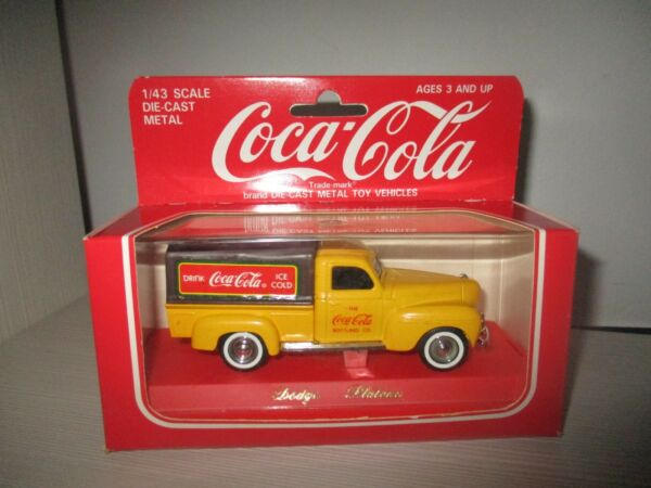 DODGE PLATEAU' COCA COLA 9605 SOLIDO SCALA 1:43