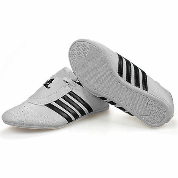 Home Fast Deliver Adult Taekwondo Shoes Sports Shoe High-quality Breathable Kung Fu Wushu Taichi Karate Martial Arts Sneakers