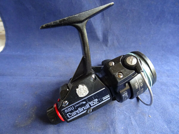 A RARE MODEL 1981 ONLY ABU CARDINAL 152 LIGHTWEIGHT SPINNING REEL