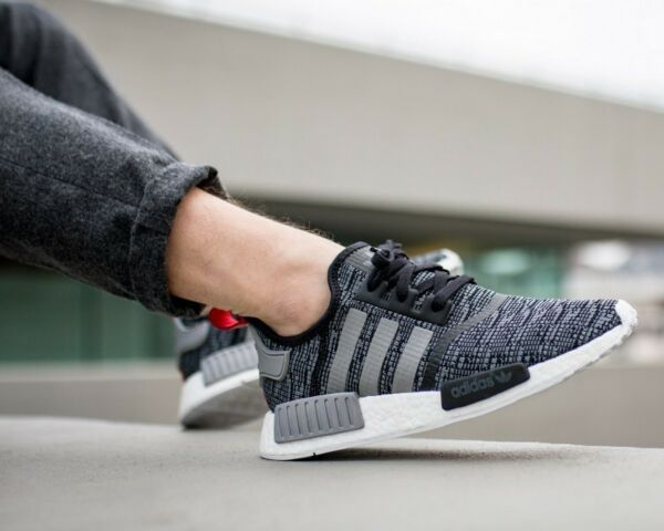 new product 3332a 77d64 BNWB  Genuine Adidas Originals ® NMD R1