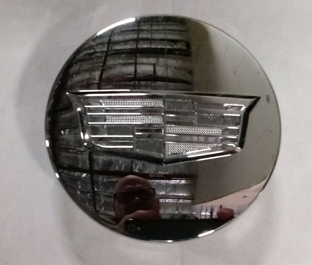 Used Cadillac Escalade Parts For Sale: Cadillac Escalade 2015 - 2018 Chrome OEM 22 Inch Wheel Center Cap 5663 23491795