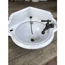 Anyique Cast Iron White Porcelain Corner Bathroom Sink S. M. CO PITTS