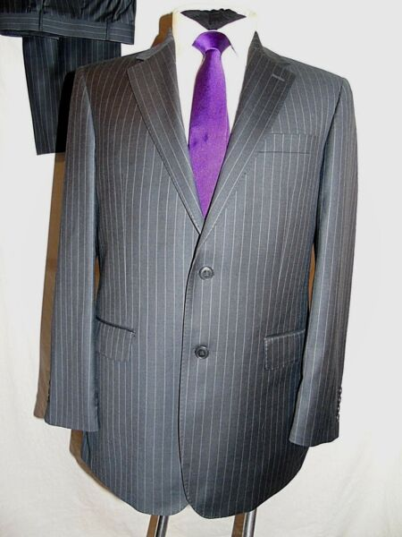 DEHAVILLAND SMART GREY PINSTRIPE BUSINESS/WORK SUIT UK 40R EU 50R