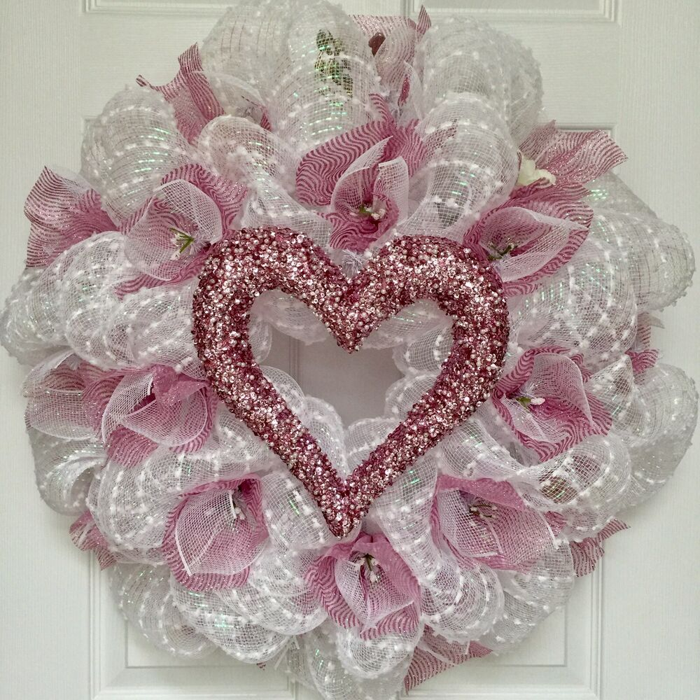 Details About Bridal Or Valentines Day Wreath With Pink Pearl Heart Tulle Flowers Deco Mesh