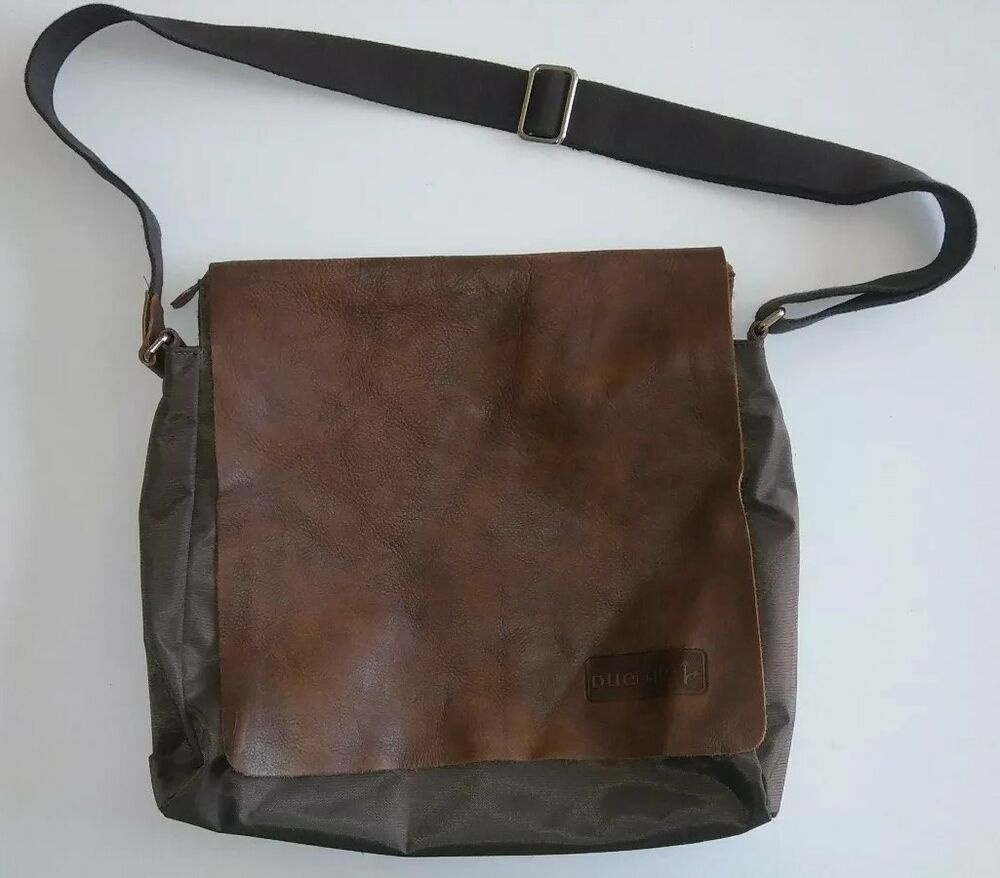 3d0c305127 Details about Roots Canada Messenger Bag Brown Nylon tribe leather A Must  Have Buy it FASTSHIP