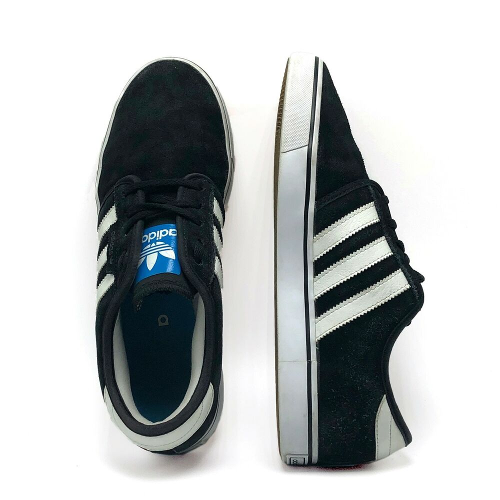 brand new 693f1 dd5c6 Details about ADIDAS Mens Sz 8 Black   White Suede Low Top Fashion Lace Up  Classic Sneakers