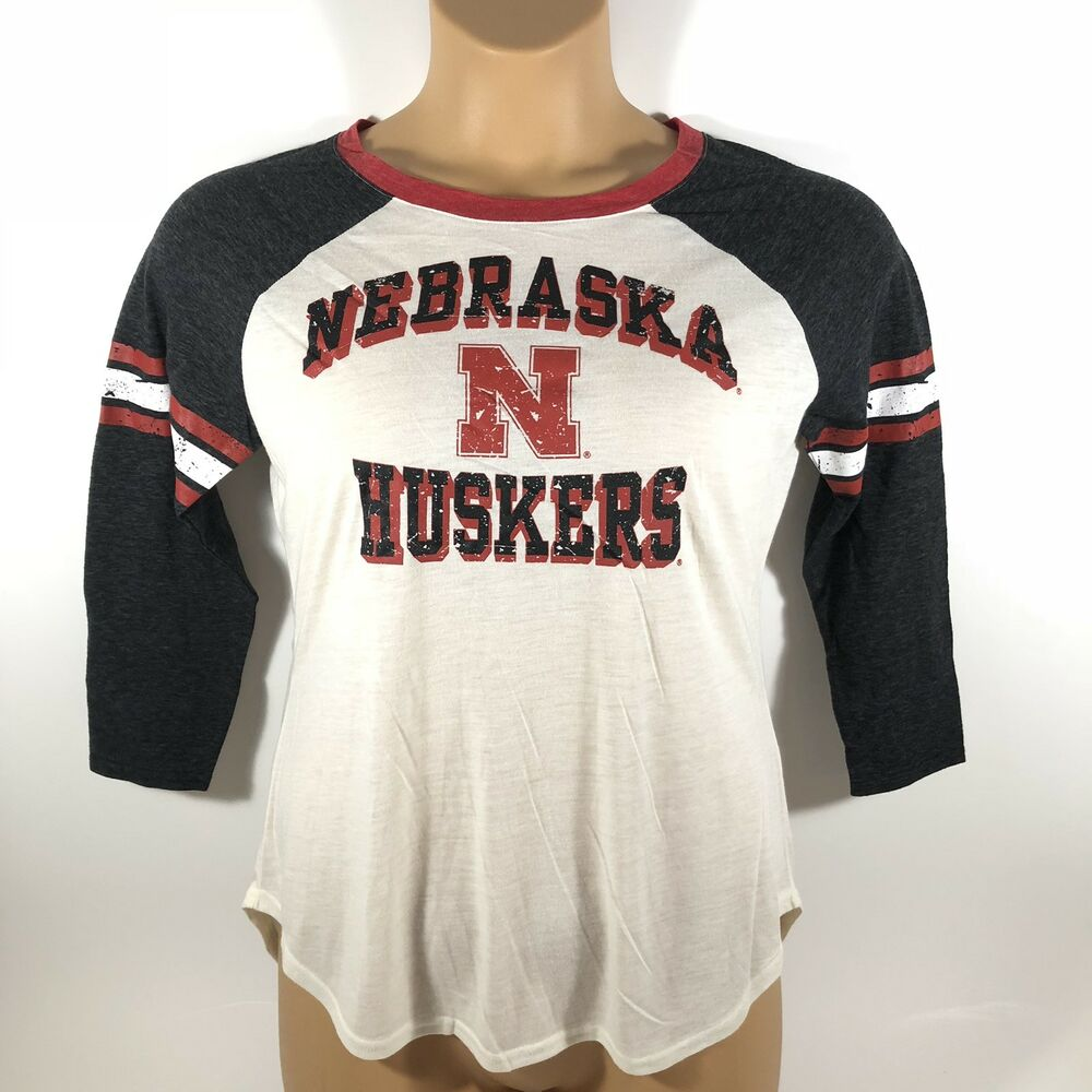 Details about G-iii Carl Banks 4her Nebraska Cornhuskers Huskers Shirt  Women s Small S 39acb9fea2