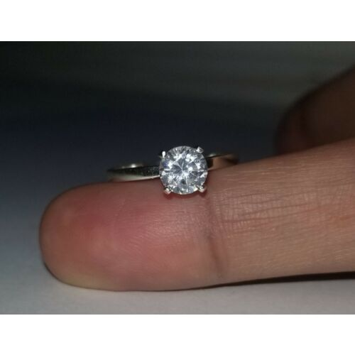 035-carat-g-si2-genuine-diamond-solitaire-ring-in-sterling-silver