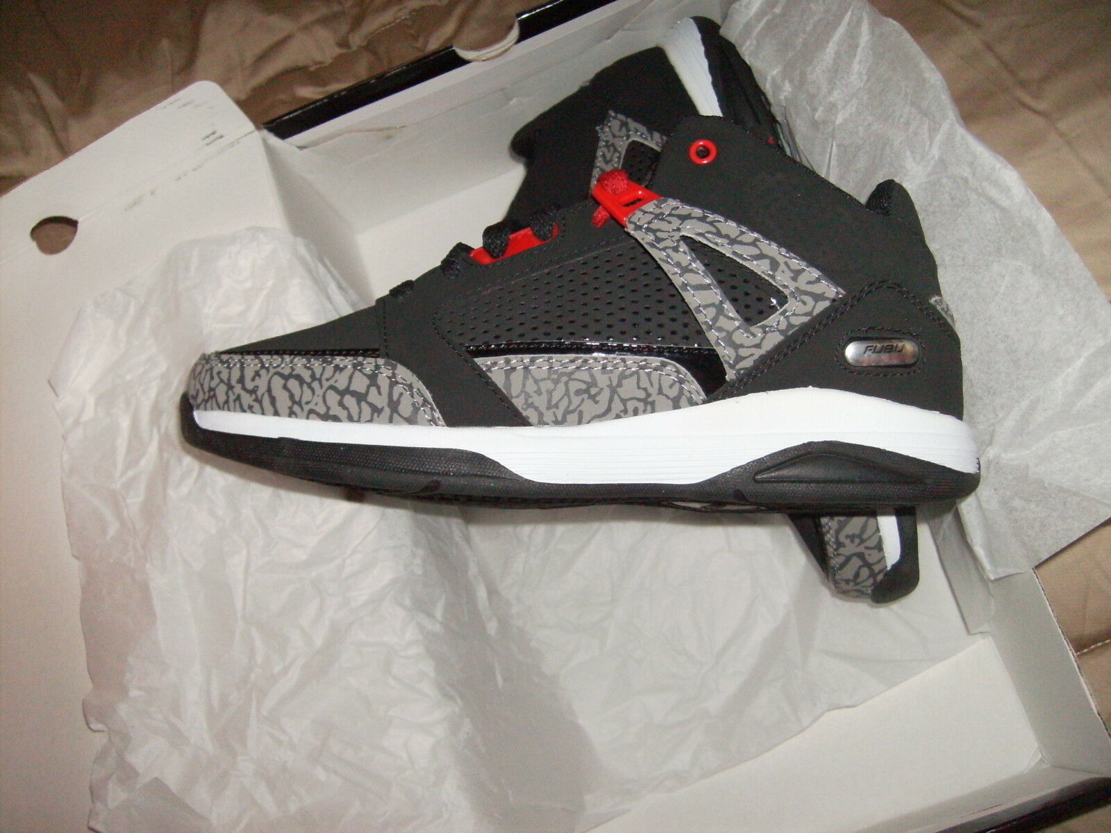 80213db2eef5ba ... UPC 605388156884 product image for Fubu Mens High Top Basketball Shoes