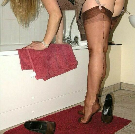 2b7256432 Details about GIO FF Fully Fashioned Cuban Heel Seamed Stockings in  Chocolate 9.5 M imperfect