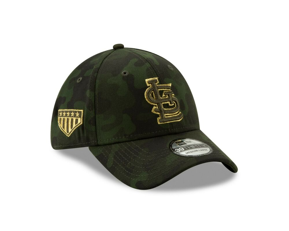 new concept 2ef76 ee847 Louis Cardinals New Era 2019 MLB Armed Forces Day 39THIRTY Flex Hat