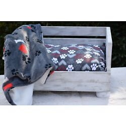 Kyпить Personalized Wooden Pet Bed (Red Hearts) на еВаy.соm