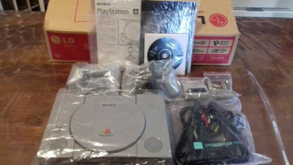 Sony PlayStation 1 Gray Console (SCPH-7502) PAL