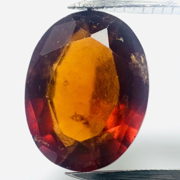 AllemagneGenuine Ovale Hessonite 1.65ct 8.5x6.5mm