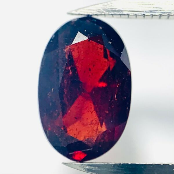 AllemagneGenuine  Rouge Ovale Spessartine 2.2ct 9.5x6.2mm