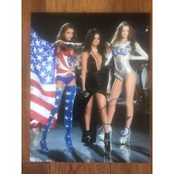 Kyпить Selena Gomez Colorful Leggy Signed 8x10 Original 100% Authentic COA LOA на еВаy.соm