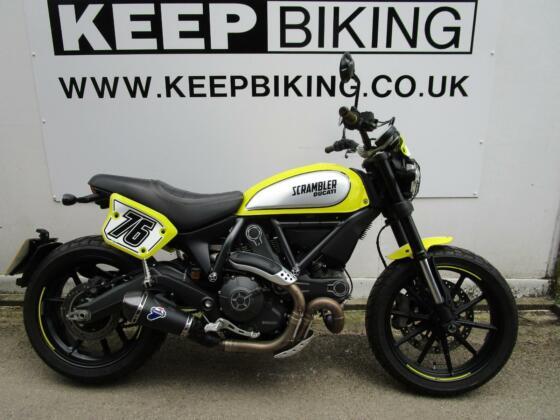 2017 Ducati Scrambler FLAT TRACK PRO 881 MILES ONLY FULL SERVICE HISTORY