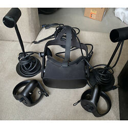 Kyпить Oculus Rift + Touch Virtual Reality Headsets with Touch Controllers - Black... на еВаy.соm