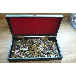 Kyпить COSTUME JEWELRY SCRAP LOT FOR PARTS OR REPAIR Box not included на еВаy.соm