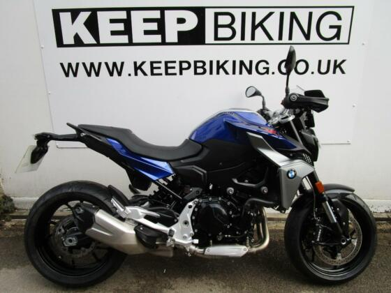 2020 BMW F900R  ABS  2189 MILES.  FULL SERVICE HISTORY. 1 OWNER. DATATAG.