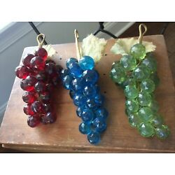 Kyпить ???? Vintage Faceted Lucite?  Grape Clusters With Leaves Red Blue Green на еВаy.соm
