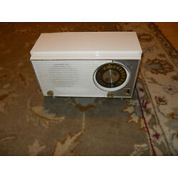 Kyпить 7N02 Zenith Model Z316w AM / FM / AFC Table Radio Sounds Good  на еВаy.соm