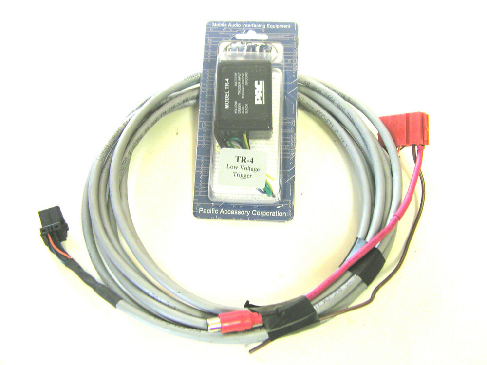 Ford Focus  Cougar Blaupunkt Radio Changer  Amp Harness