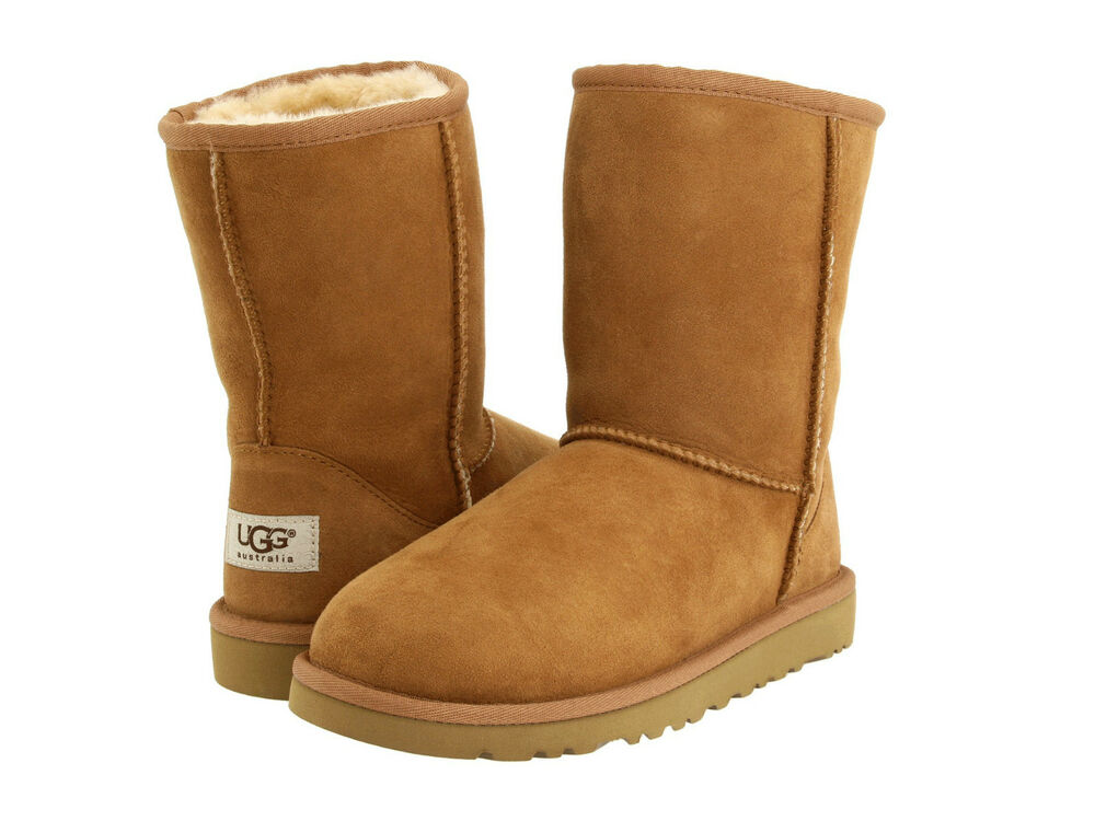 ugg australia classic short little kids big kids youth chestnut boots 5251 new ebay. Black Bedroom Furniture Sets. Home Design Ideas