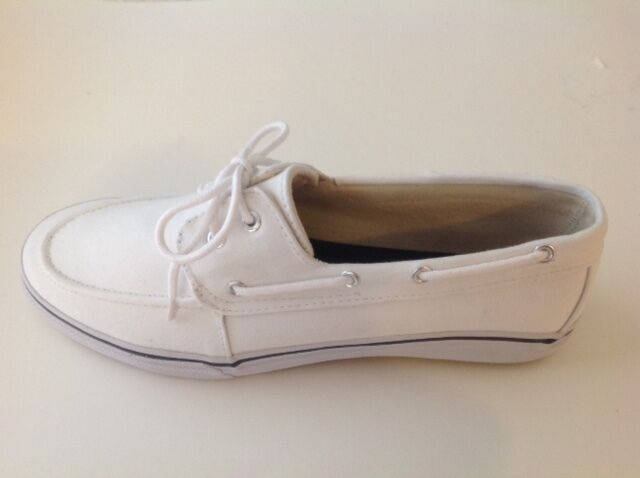 Discover the latest styles of men's boat shoes and deck sneakers! Find your fit at Famous Footwear! Women. View All. Find the perfect boat shoe for men today at Famous Footwear! New Search. Men's Search Florsheim Men's Edge Moc Toe Boat Shoe Khaki Canvas. $ Florsheim Men's Edge Moc Toe Boat Shoe Navy Canvas.