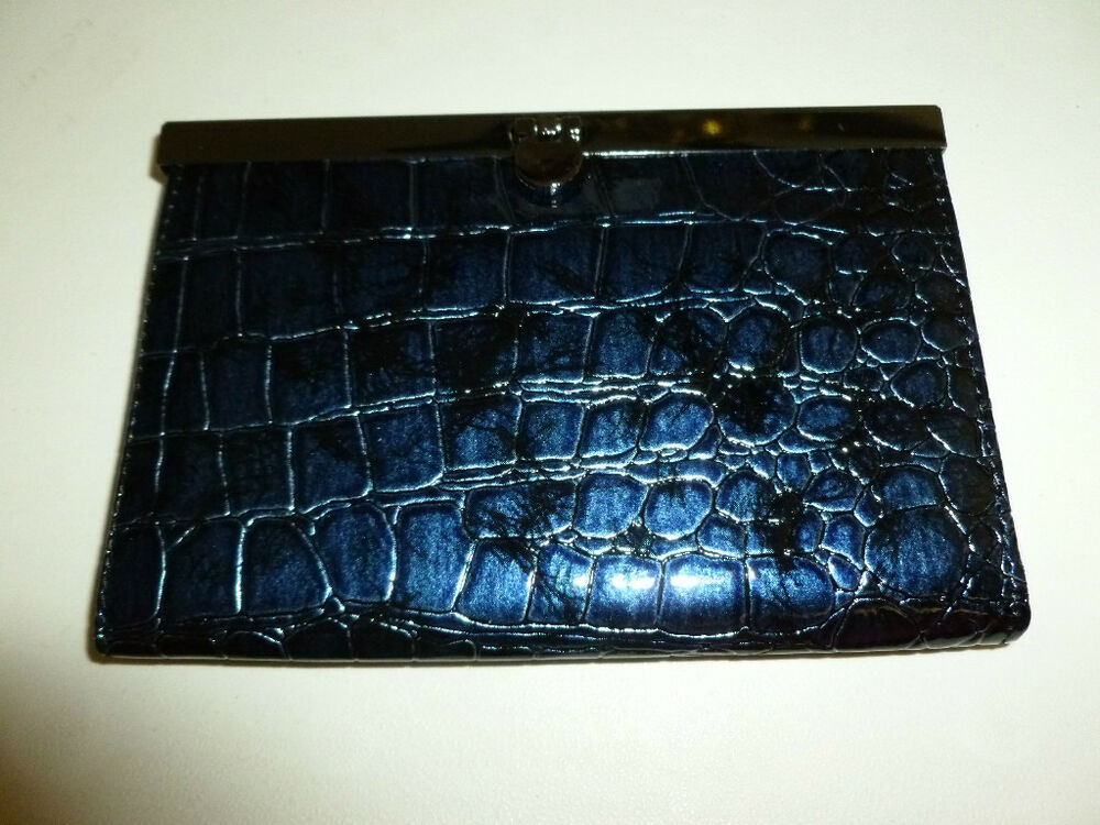 Women S Blue Faux Alligator Skin Animal Print Leather