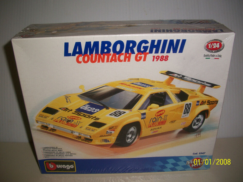 burago lamborghini countach gt 1988 metal kit 1 24 scale italy new ebay. Black Bedroom Furniture Sets. Home Design Ideas