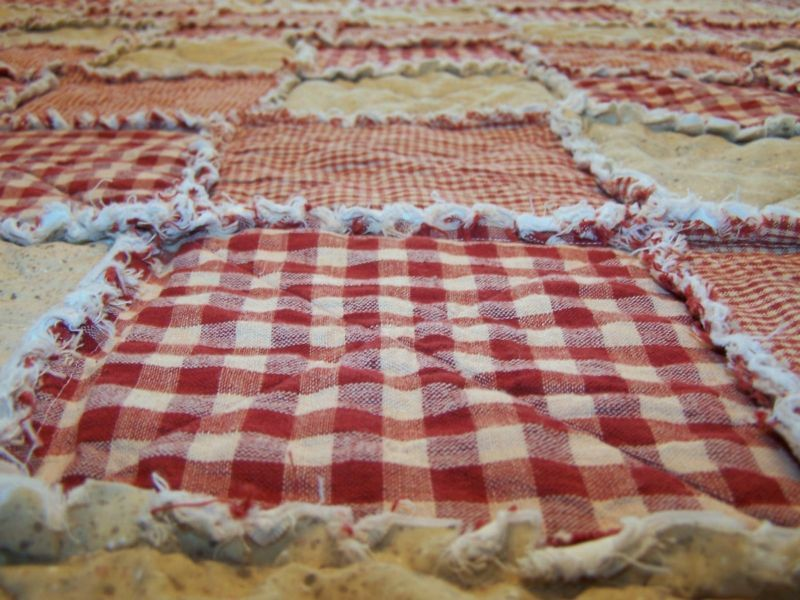 Twin Size Homespun Country Primitive Red Rag Quilt Blanket