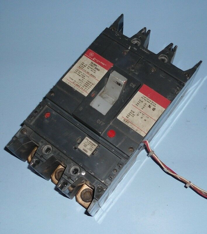 There Is No Circuit Breaker In The Power Window Circuit On Your