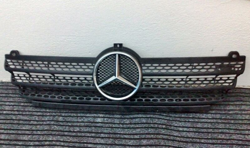 Genuine mercedes benz sprinter grille with chrome benz for Silver star mercedes benz parts