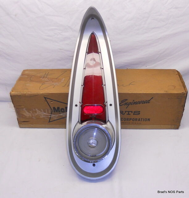Wagon Wheel Lights Ebay: NOS MoPar 1957 Plymouth Wagon Tail Light Lamp Assembly