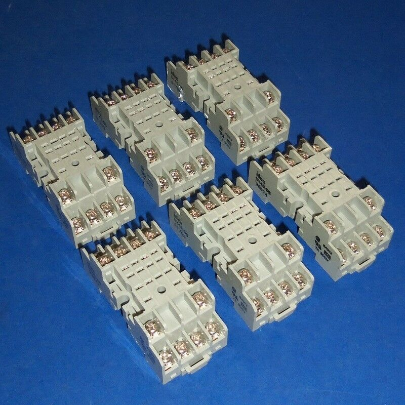 Idec 8 Pin Relay Base together with Idec Relay 24vdc also Dayton Time Delay Relay Wiring Diagram furthermore 8 Pin Relay Wiring Diagram in addition 11 Pin Relay Base Wiring Diagram. on octal relay wiring diagram
