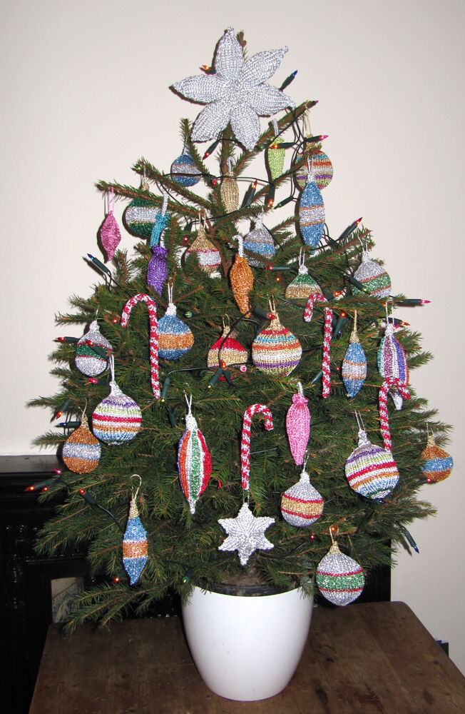 Knitted Christmas Decorations To Buy : Printed instructions christmas tree baubles and