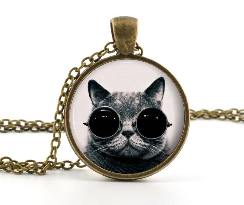 Ring In The Steampunk Decor To Pimp Up Your Home: Steampunk Cat Pendant Necklace