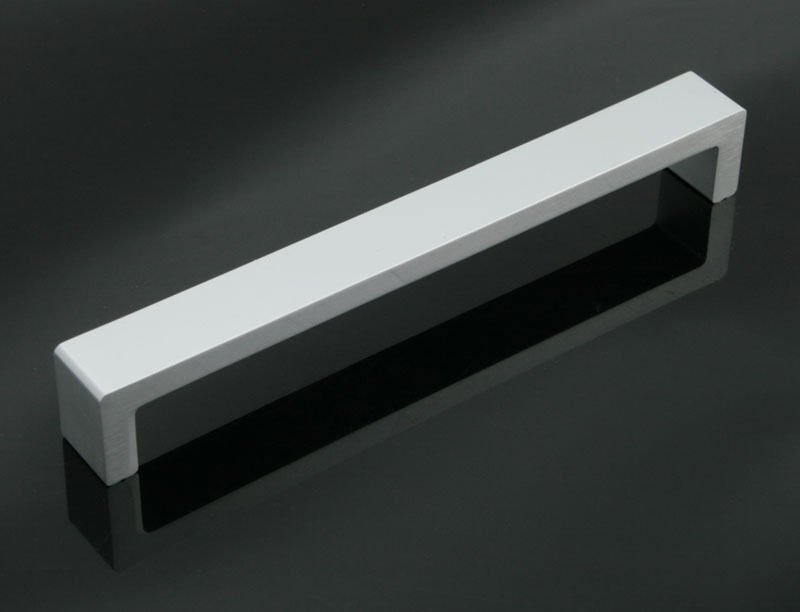 Modern kitchen cabinet door 160mm handle drawer pulls for Contemporary cabinet hardware pulls