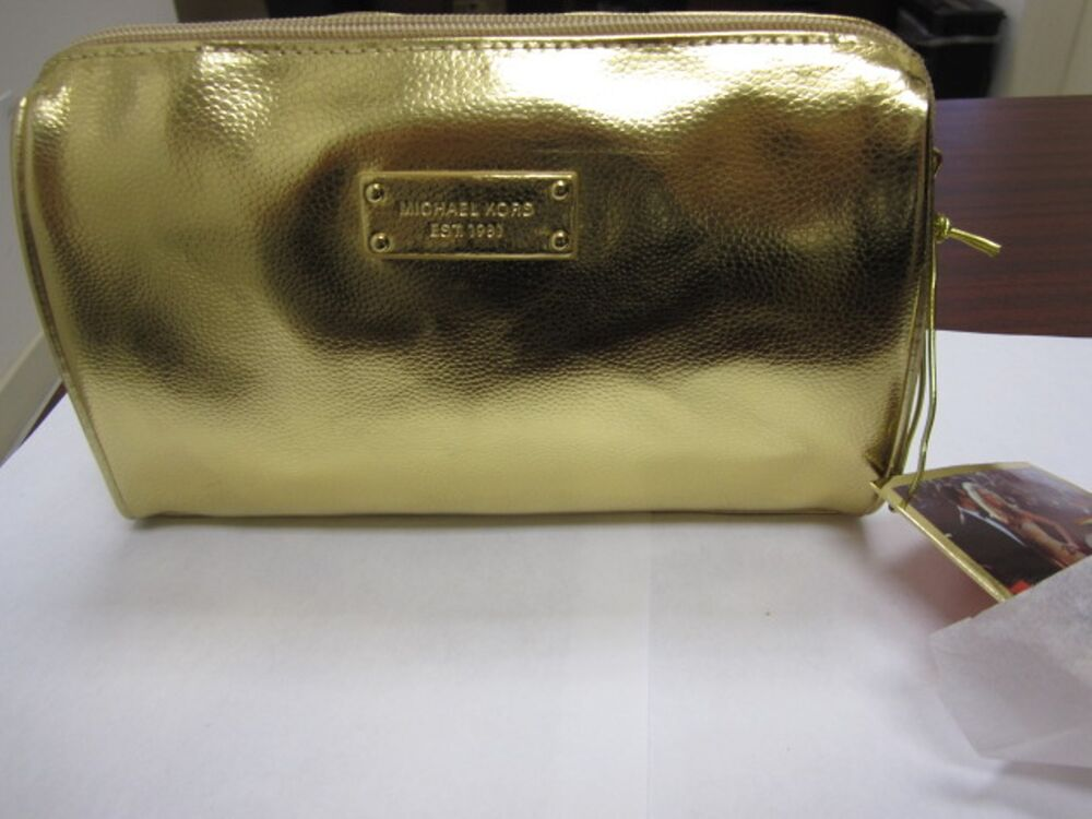 Free Shipping on many items across the worlds largest range of Michael Kors Makeup Bags and Cases. Find the perfect Christmas gift ideas with eBay.